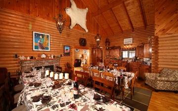 Exquisite Dining Setting