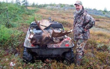 Tundra Moose Hunt